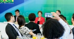 Em café da manhã com jornalistas, Dilma disse que o país vai ter que encarar a reforma da PrevidênciaIchiro Guerra/PR