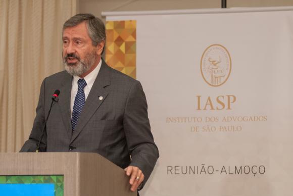 O ministro da Transparência, Fiscalização e Controle, Torquato Jardim, em almoço promovido pelo Instituto dos Advogados de São Paulo (IASP)Divulgação IASP/Pablo de Sousa